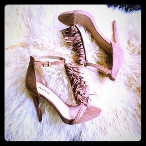 """Sexy!! JUST FAB faux suede 5"""" heels!!"""